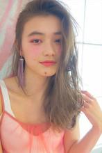 ハイ透明感な外国人風ロング|MINX 青山店 佐藤 スナオのヘアスタイル