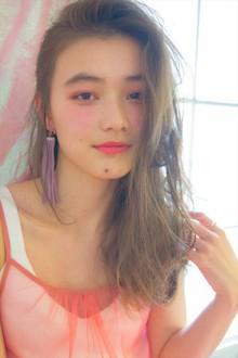 ハイ透明感な外国人風ロング|MINX 青山店のヘアスタイル