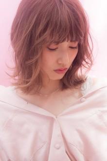 紗栄子風 鎖骨ミディアム 切りっぱなしくびれミディ|MINX 青山店のヘアスタイル