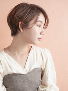 小頭に見えるスッキリショート|MINX 青山店のヘアスタイル