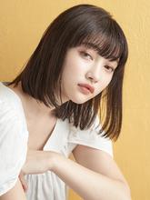 ワンレンフェザーボブ|MINX 青山店のヘアスタイル