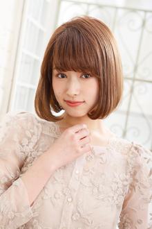 前髪のライン感や毛先の収まりが決め手の愛されワンレンボブ|MINX 青山店のヘアスタイル