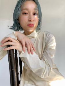 水色が圧倒的に可愛い切りっぱなしボブ|MINX 青山店のヘアスタイル