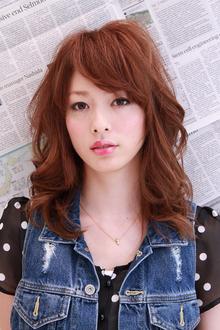 可愛い中のかっこよさ!ダブルでお得なミディアムスタイル♪|MINX 青山店のヘアスタイル