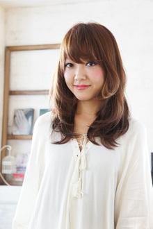 柔らかく、優しく、メレンゲのようなストレート!|MINX 青山店のヘアスタイル