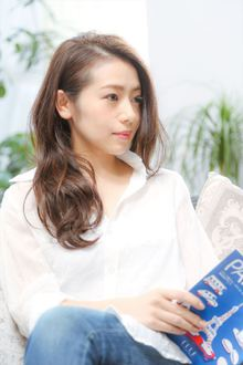 【MINX】JJオードリー亜谷香風髪型「ラフウェーブ」|MINX 銀座店のヘアスタイル