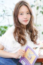 【MINX】おろしても束ねてもかわいい2wayミドルウェーブ MINX 銀座店 八木 花子のヘアスタイル