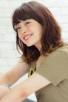 【MINX】オシャレ質感が人気 レイヤードミディ MINX 銀座店のヘアスタイル