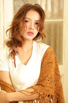 三つ編み風 抜け感アレンジ|MINX 銀座店のヘアスタイル