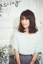 ツヤ感シルエットで、ゆるふわ大人の小顔へア|MINX 銀座店 菅野 久幸のヘアスタイル