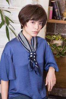 女性らしい丸みを強調フェミニンショート|MINX 銀座店のヘアスタイル