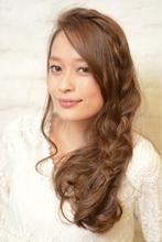 外国人風 ルーズな大人のおろし編みこみ|MINX 銀座店 西田 由布子のヘアスタイル