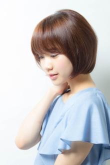 大人かわいい小顔ショートボブ|MINX 銀座店のヘアスタイル