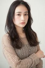 おしゃれカジュアルロング MINX 銀座店 菊池 ステファニーのヘアスタイル
