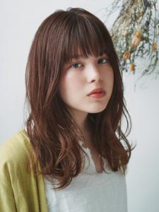 大人ニュアンスカール|MINX 銀座店のヘアスタイル