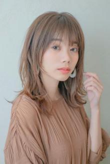 シースルー前髪×大人かわいいハネレイヤー|MINX 銀座店のヘアスタイル