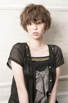 伸ばしかけの方におすすめ 雰囲気を変えて、気分もふわふわに☆ MINX 銀座店のヘアスタイル