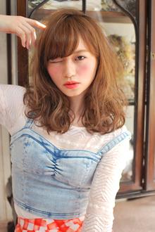 2014春夏 紗栄子風 外国人風ニュアンスウェーブ|MINX 銀座二丁目店のヘアスタイル
