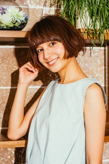 マチルダ風小顔ショートボブ|MINX 銀座二丁目店のヘアスタイル