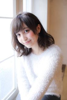 小顔に見せる前髪☆大人ツヤミディアム MINX 銀座二丁目店のヘアスタイル