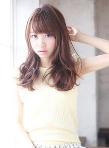 小顔に見せる前髪☆が柔らかい質感のロングヘア MINX 銀座二丁目店のヘアスタイル