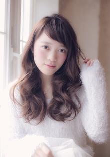 前髪がオシャレな佐々木希風ナチュラルロング MINX 銀座二丁目店のヘアスタイル