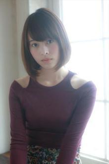 ツヤ&エアリー☆ナチュラルなひし形ワンカールミディアムボブ|MINX 銀座二丁目店のヘアスタイル