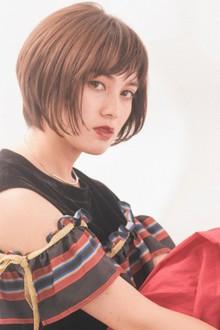 大人女性の洗練されたキレイなフォルムのショートボブ|MINX 銀座二丁目店のヘアスタイル