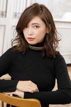 大人の色気をまとうセミウェットな質感のルーズカール|MINX 銀座二丁目店 中野 太郎のヘアスタイル
