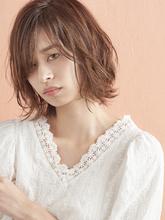オトナおしゃれな脱力ショートミニマムボブ|MINX 銀座二丁目店のヘアスタイル