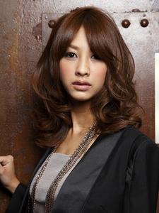 レディの気品と色っぽさを兼ね備えて・・・|MINX 銀座二丁目店のヘアスタイル