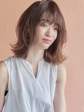 カットだけで可愛くなるヘルシーミディ|MINX 銀座五丁目店 花渕 慶太のヘアスタイル