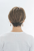 柔らかさとツヤ感カラーで美髪を高めたニュアンスショート