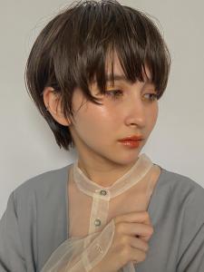 小慣れ耳掛けマッシュショート|MINX 銀座五丁目店のヘアスタイル