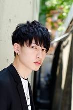ツーブロックショートスタイル 男性黒髪 ネープレス 韓流|MINX 原宿店のヘアスタイル