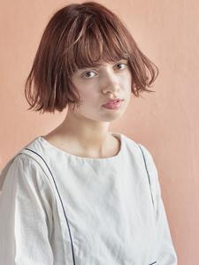 切りっぱなしパーマボブ|MINX 原宿店のヘアスタイル