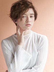 ふんわりウェーブスタイル|MINX 原宿店のヘアスタイル