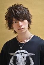 季節感を問わず一年中楽しめるショートレイヤー MINX 原宿店 須永 健次のメンズヘアスタイル