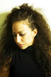 ワイルドワイドに自立していく女性の強さとしなやかさ|TotalBeautySalon Moulin-Rのヘアスタイル