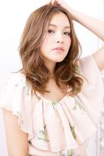 ブレンドカールでカールの層を作った甘さ漂う大人スタイル|NATURA 塩崎 正樹のヘアスタイル