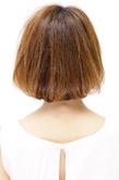 ふんわり丸みのある毛先ニュアンスのボブスタイル