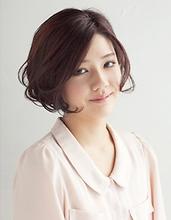 柔らかいフォルムで軽やかなショートボブスタイル|PLACE IN THE SUN 丸田 美由紀のヘアスタイル