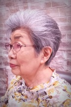優しく上品な白髪ショート|美容室/美容院 Run アールアン  平塚のヘアスタイル