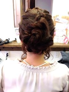 結婚式 お呼ばれヘア♡|Radiantのヘアスタイル
