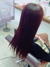 フェザーストレート|Radiant 磯部梨菜のヘアスタイル