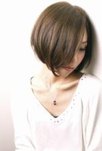 ショートボブは自然な質感、ちょっとクールさを出すシルエット、手入れの楽なスタイルです。どんな方にも似合います☆|RENJISHI  吉祥寺店のヘアスタイル