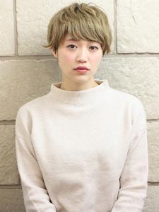 ハイトーンが可愛い無造作ショート|RENJISHI KICHIJOJIのヘアスタイル