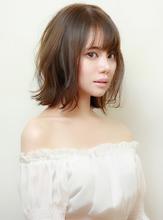 切りっぱなしボブ×3Dハイライトブルージュ|RENJISHI KICHIJOJIのヘアスタイル