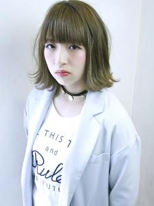 外ハネカジュアルミディ|RENJISHI KICHIJOJIのヘアスタイル