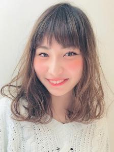 ゆるっとふんわりミディアム RENJISHI KICHIJOJIのヘアスタイル